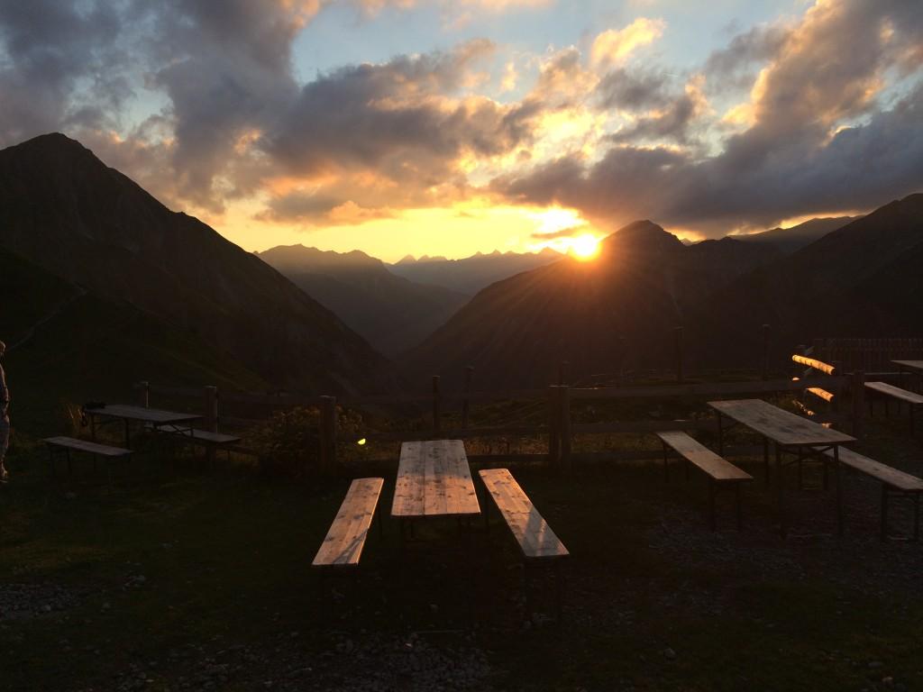 Sonnenuntergang bei der Anhalter Hütte