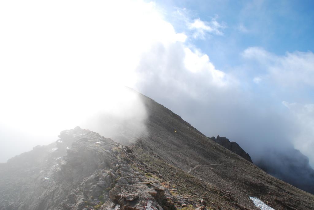 Wolkenstau an der Grießl-Scharte