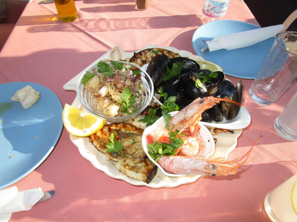 Meeresfrüchte- / Fischplatte