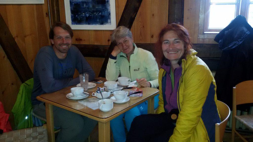 Kaffeepause im Langabud in Djupivogur