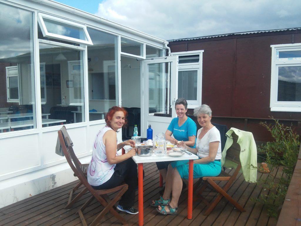 Mittagessen im isländischen Sommer